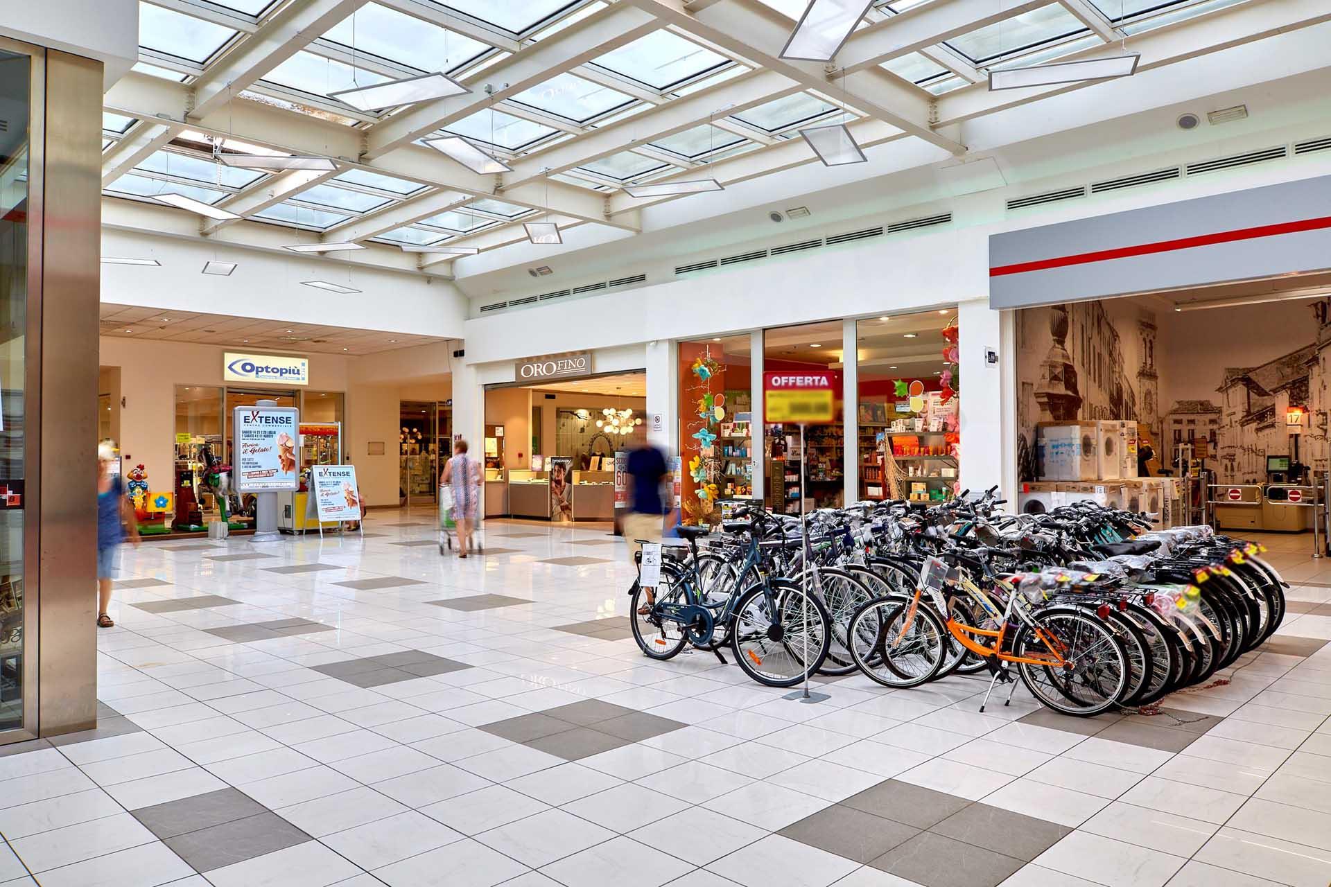 Orofino e Optopiù al Centro Commerciale Extense