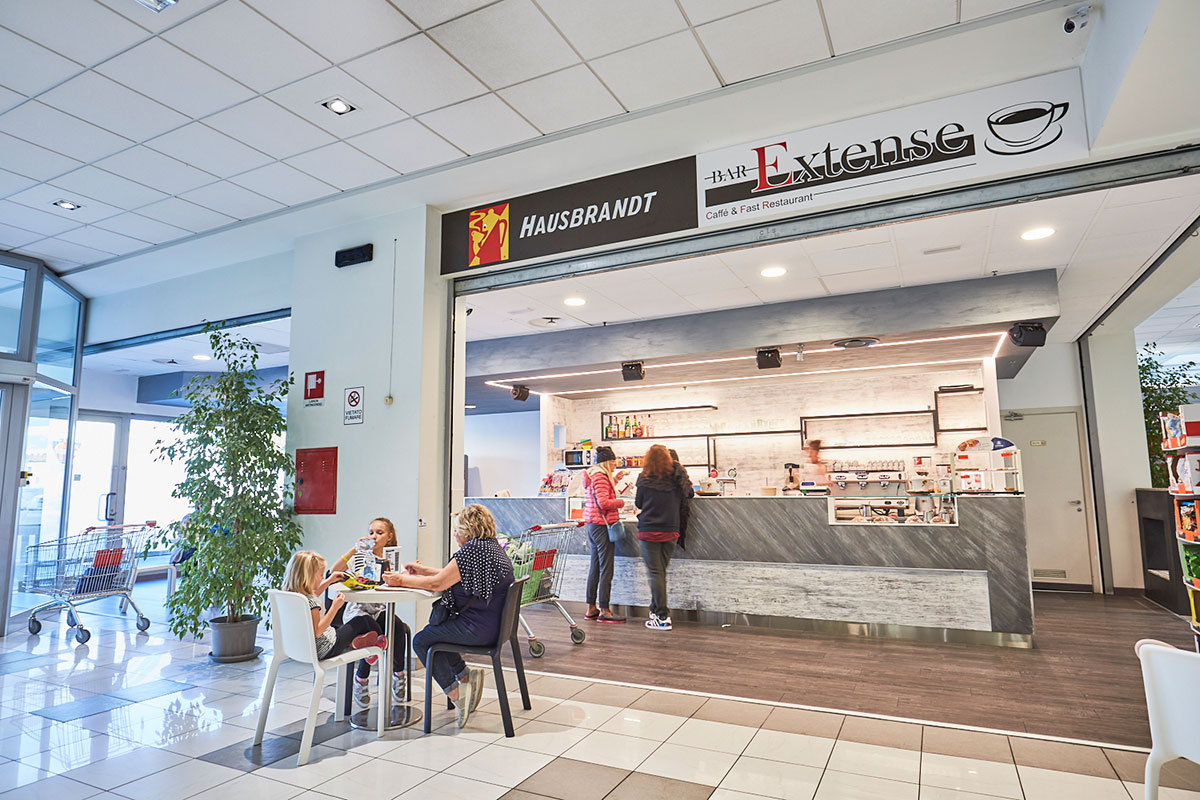 Il Bar Extense al Centro Commerciale Extense