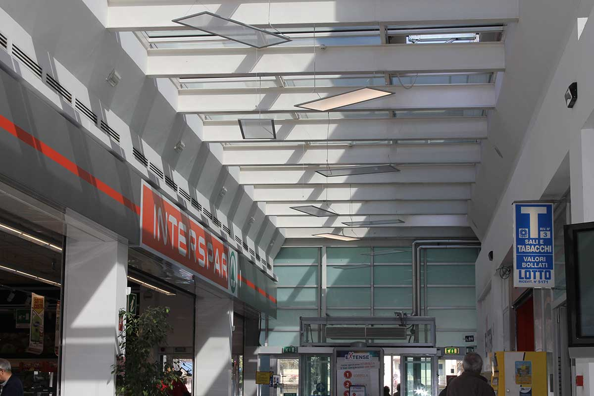 Interspar e galleria del Centro Commerciale Extense